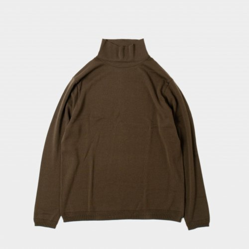 <img class='new_mark_img1' src='https://img.shop-pro.jp/img/new/icons6.gif' style='border:none;display:inline;margin:0px;padding:0px;width:auto;' />FUJITO / Turtle Neck Knit T-Shirt 「Olive Green」