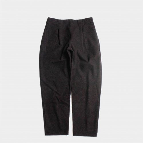 <img class='new_mark_img1' src='https://img.shop-pro.jp/img/new/icons6.gif' style='border:none;display:inline;margin:0px;padding:0px;width:auto;' />comm.arch. / Felted Lamb's Easy Trousers 「Burnt Nut」