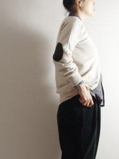 WILLIAM LOCKIE(ウィリアムロッキー) クルーネック カーディガン(elbow patch)