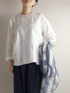 maison de soil(メゾンドソイル)リネン刺繍シャツ バッグオープニング