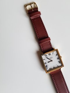 Vague Watch Co.( ヴァーグウォッチカンパニー)CARRE (YG Ivory×Brownベルト)