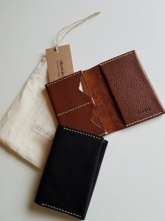 abokika(アボキカ)ベジタブルタンニンレザー パスポートホルダー vegetan textured leather from Italy
