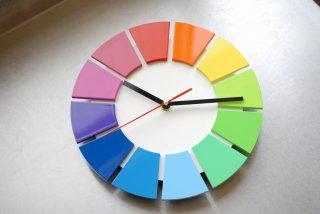 色相環壁時計(25センチ・艶あり・背面白)