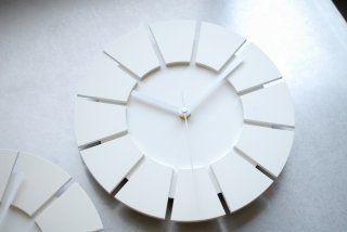 無彩環壁時計(25センチ・艶消し・白)