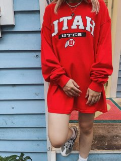 <img class='new_mark_img1' src='https://img.shop-pro.jp/img/new/icons14.gif' style='border:none;display:inline;margin:0px;padding:0px;width:auto;' />Used College Print Long Sleeve Tee