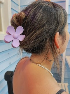 <img class='new_mark_img1' src='https://img.shop-pro.jp/img/new/icons14.gif' style='border:none;display:inline;margin:0px;padding:0px;width:auto;' />Mill Wood Original Big Flower Hair Clip
