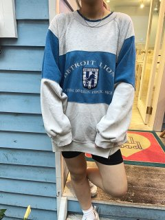 <img class='new_mark_img1' src='https://img.shop-pro.jp/img/new/icons14.gif' style='border:none;display:inline;margin:0px;padding:0px;width:auto;' />Used Color Block Sweat Top