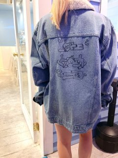 <img class='new_mark_img1' src='https://img.shop-pro.jp/img/new/icons14.gif' style='border:none;display:inline;margin:0px;padding:0px;width:auto;' />Used Hand Paint Denim Jacket