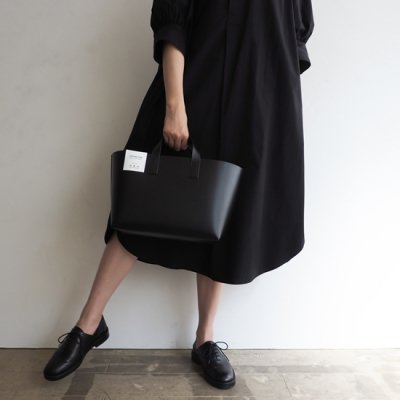 foot the coacher Leather tote-S レザートートバッグ<img class='new_mark_img2' src='https://img.shop-pro.jp/img/new/icons8.gif' style='border:none;display:inline;margin:0px;padding:0px;width:auto;' />