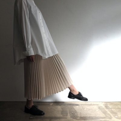<img class='new_mark_img1' src='https://img.shop-pro.jp/img/new/icons20.gif' style='border:none;display:inline;margin:0px;padding:0px;width:auto;' />08sircus Satin Pleated Skirt サテンプリーツスカート
