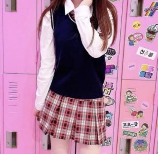 <受注発注商品>ブラックピンクモデルスカート