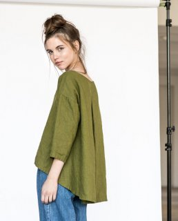 not PERFECT LINEN | Washed linen cropped front top LEAF in moss green