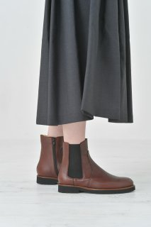 Dell' Arte (デラールテ) | side gore zip boots (brown) | サイドゴアジップブーツ 38 (24cm)