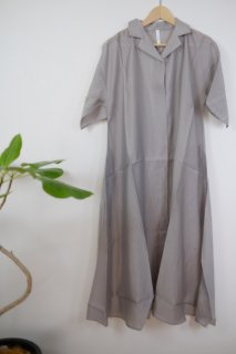 KELEN (ケレン)   Open Collar Dress