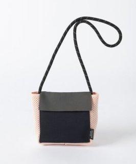 Tricote | フラップショルダーバッグ (gray) | バッグ【オシャレ カジュアル レディース お出かけ】