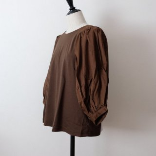 the last flower of the afternoon | gather sleeve cut&sewn (dark brown) | トップス