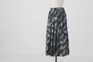 utilite | ギャザーフレアスカート (グレー) | スカート【ユティリテ 幾何学模様 オリジナルファブリック】