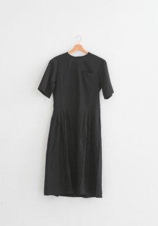 the last flower of the afternoon   月暈のtucked dress (black)   ワンピース【送料無料 ザラストフラワーオブジアフタヌーン レディース】