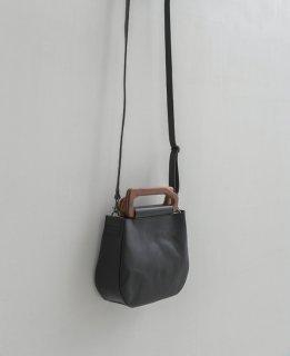 yuruku (ユルク) | Metry Bag S (black) | バッグ ショルダーバッグ 国産レザー ウッドハンドル
