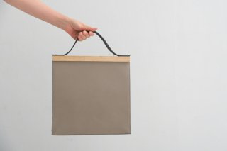 yuruku (ユルク) | Clap Wood Square Hand Bag (gray) | ハンドバッグ 国産 上質レザー