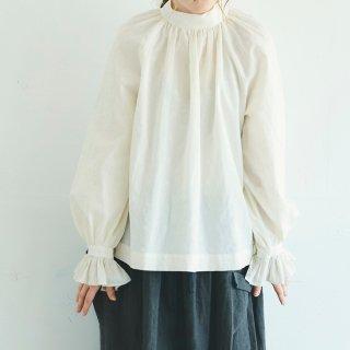 MAGALI   アンティークドット・フリルスリーブ・プルオーバー (off white)   トップス 送料無料 マガリ シンプル 長袖