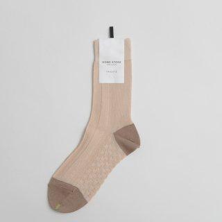 STAMP AND DIARY HOMESTORE x TRICOTE | 凸凹ヘリンボーンソックス (beige)  | スタンプアンドダイアリー トリコテ