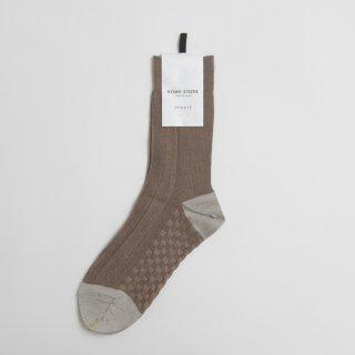 STAMP AND DIARY HOMESTORE x TRICOTE | 凸凹ヘリンボーンソックス (brown)  | スタンプアンドダイアリー トリコテ