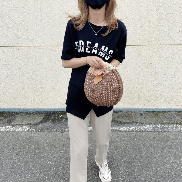 ロゴ スリット オーバーサイズ Tシャツ