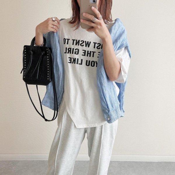 スリット 英字ロゴ アシンメトリー オーバーサイズ Tシャツ