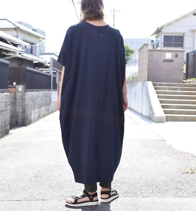 unrobe 綿レーヨンストレッチOP(ネイビー/ブラック)