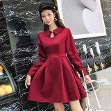 襟が可愛いフレアスカートの韓国ワンピース お呼ばれで着たいハイウエストの韓国ドレス