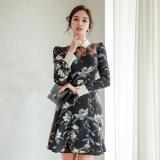 エレガントな花柄デザインが可愛い韓国ワンピース ハイウエストで襟付きの韓国ドレス