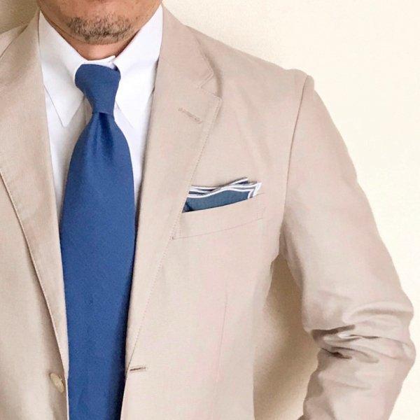 MUNGAI (ムンガイ) / インディゴ×ホワイト / ウェイブ / ポケットチーフ メインイメージ