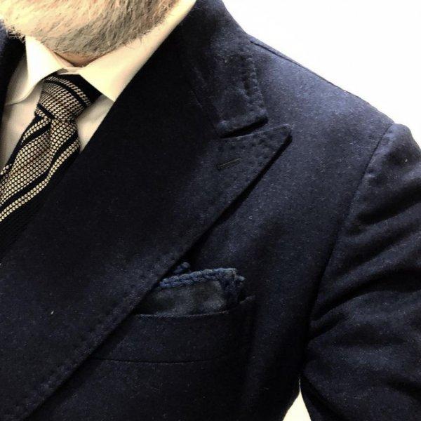 MUNGAI (ムンガイ) ネイビー×ネイビー / フランネル /  コットンパイピング / ハンドメイド / ポケットチーフ  メインイメージ
