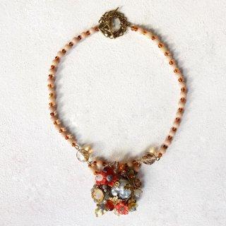 オレンジ系お花のネックレス