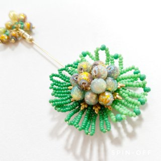 green flower stickpin-brooch
