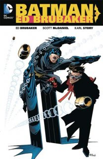 BATMAN BY ED BRUBAKER TP VOL 01【再入荷】