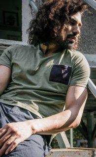 [No Nasties] オーガニックコットン メンズポケットTシャツ (カーキ)