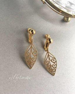 真鍮 leaf pierce/earring