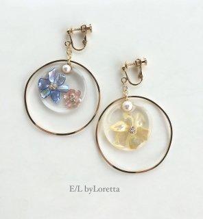 Clear shell flower big hoop pierce/earring(Blue×Pink)