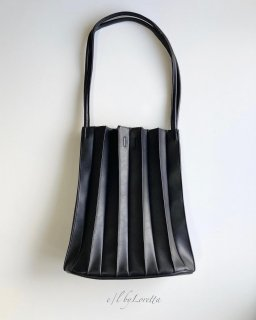 【1/23(sat)21:00〜Order Start.】Pleats bag(Black)