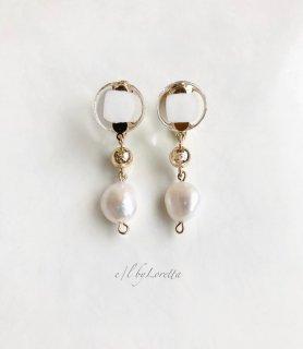Mini circle 淡水パール × metal ball pierce/earring(White) [cc]