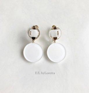 W circle studs pierce/earring(White × White) [cc]