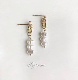 Pearl × chain pierce