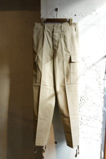 <img class='new_mark_img1' src='https://img.shop-pro.jp/img/new/icons1.gif' style='border:none;display:inline;margin:0px;padding:0px;width:auto;' />-German army moleskin cargo pants-90's DEAD STOCK