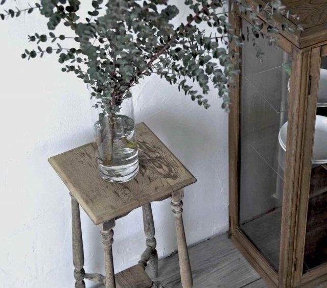 美肌な花台