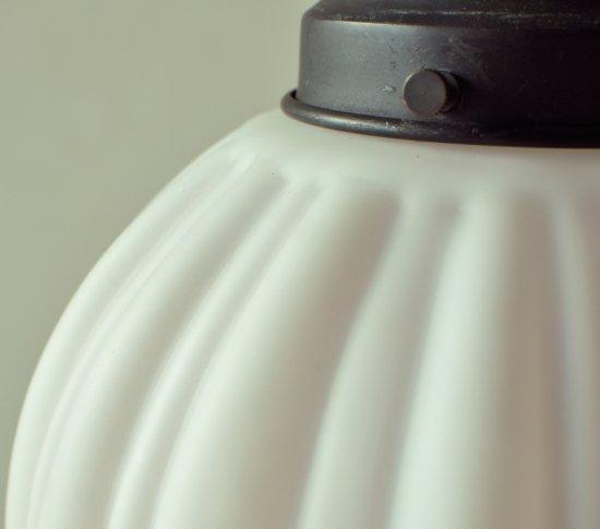 和菓子のようなペンダントライト(中)の画像