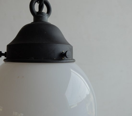【ICCAオリジナル】大正ロマンのペンダントライト(小)《乳白・艶》の画像