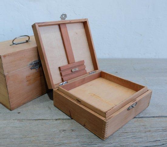 アンティークの小箱の画像
