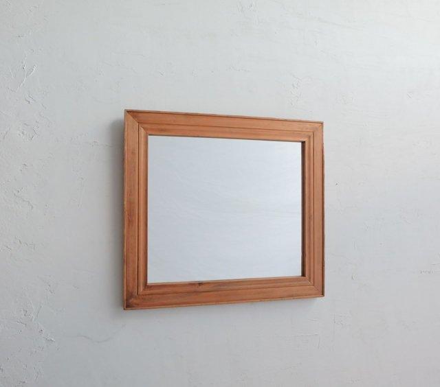 シンプルな鏡